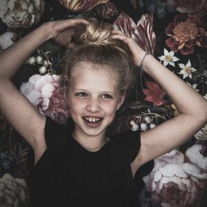 Miriam van Leeuwen Fotografie - Webdesign Houten Utrecht Portret & Familie Fotograaf - vriendinnenfotoshoot - lifestyle - profielfoto (1)