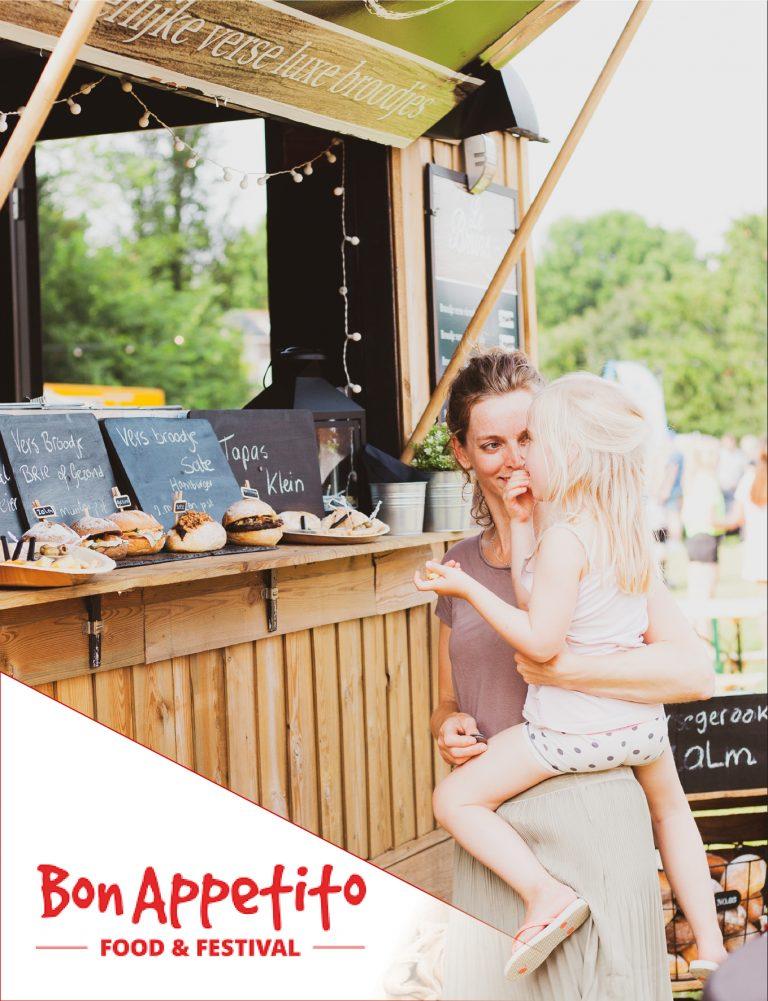 98 Miriam van Leeuwen Fotografie - Webdesign Houten UtrechtBonappetito Bon Appetito Bedrijfsfotografie Portret & Familie Fotograaf - vriendinnenfotoshoot - lifestyle - profielfoto
