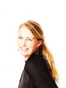 Fotograaf-Webdesign-Huisstijl-Miriam-van-Leeuwen-Fotografie-Portret-Zakelijk-Familie-Meidenshoot.jpg
